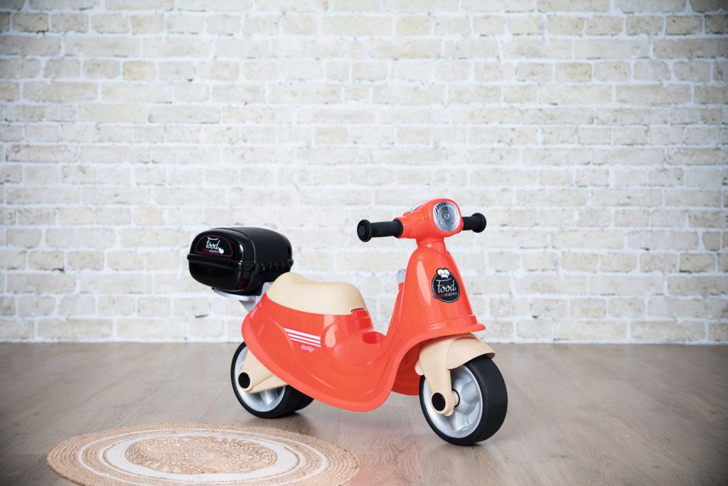 vehículos de ruedas Smoby